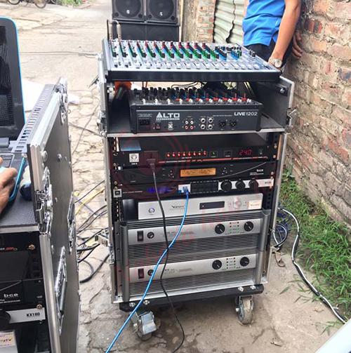 Tủ đụng thiết bị âm thanh tiêu chuẩn chuyên nghiệp